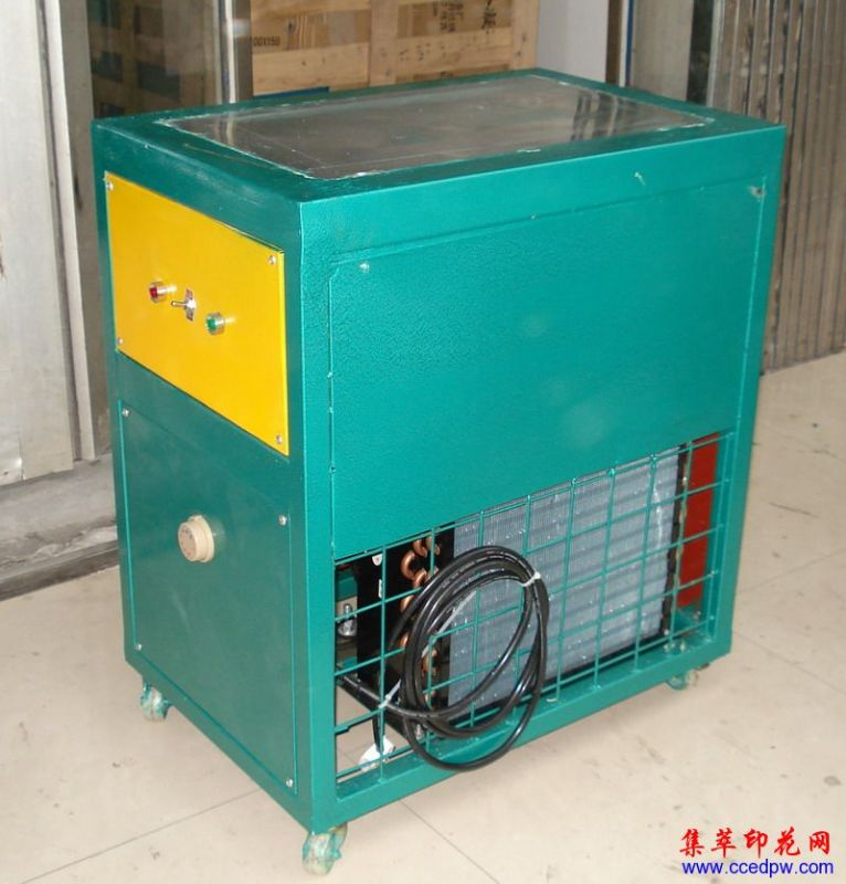 服装压花辅助设备,烤模台,冷冻台