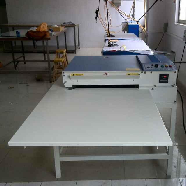 供应900型防偏带式粘合机烫金机