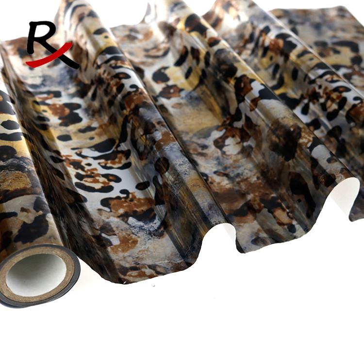 迷彩豹紋反光布料燙金轉移膜立體感PU人造革皮革熱轉印膜花膜定做