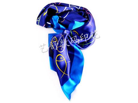 仿丝涤纶丝巾数码印花加工 免费印花打样 1米起印花