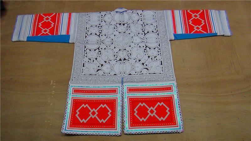 革家服饰/民族服装/刺绣蜡染